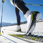cross-country-skiing-624246_1920