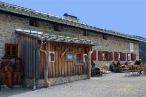 ER-Albert-Link-Hütte_01