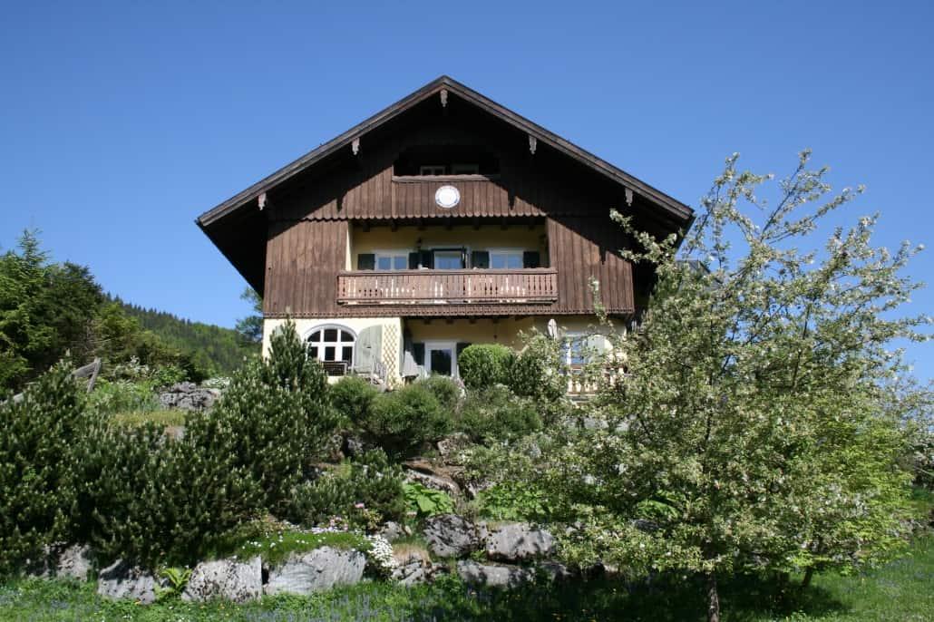 Indien Vor Alpenkulisse Das Yogahaus Samvit In Schliersee Schliersee Magazin